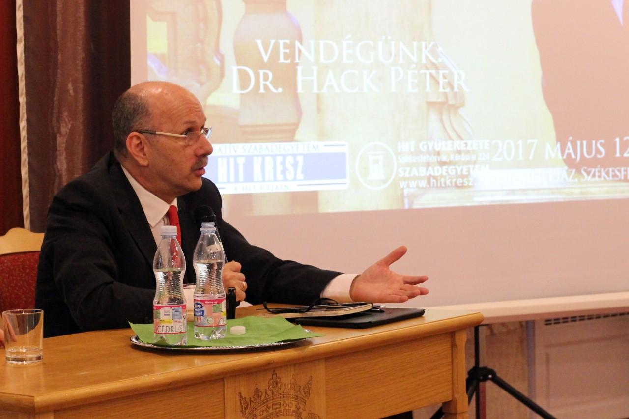 dr. Hack Péter – Magyarország és Európa válaszúton